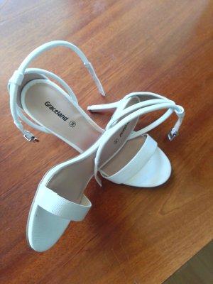 Sandaletten 38 Nie getragen nur zuhause probiert