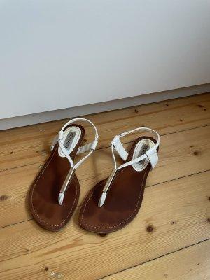 Steve Madden High-Heeled Toe-Post Sandals white