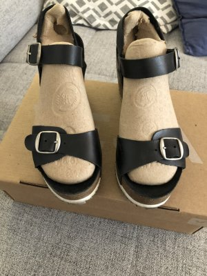 Mustang Wedge Sandals black-brown leather