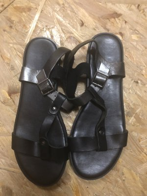 Never 2 Hot T-Strap Sandals black