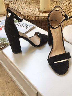 Sandaletten Blockabsatz Neu