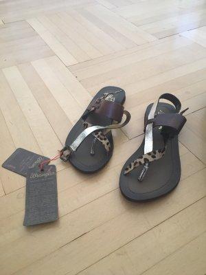 Wrangler Sandalias de tacón de tiras marrón oscuro