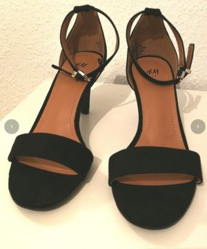 H&M Strapped High-Heeled Sandals black