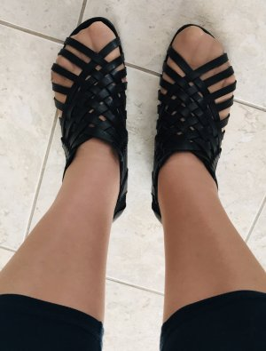 Claudia Ghizzani Slip-on Shoes black