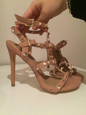 Sandaletten hohe Schuhe nude Nieten Designer lookalike Gr 39 neu