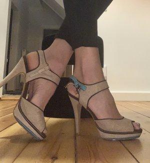 Sandaletten in 39