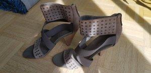 Sandaletten in taupe