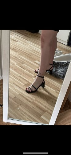 Sandaletten minimalistisch 90er