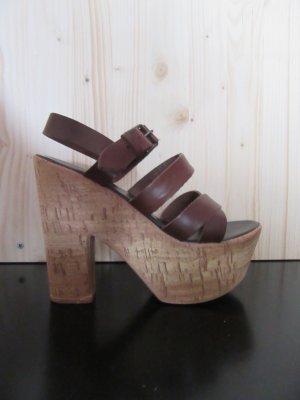 Sandaletten mit Korksohle