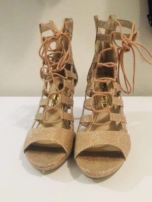 Sandaletten mit Schnürung