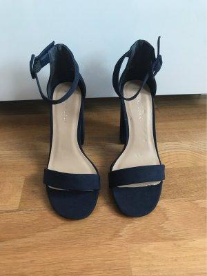 Sandaletten *NEU*