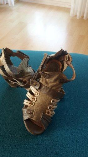 Mustang Shoes Sandały klinowe na obcasie Wielokolorowy