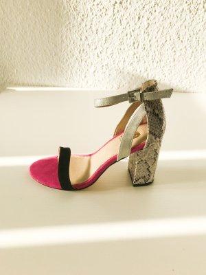 Sandały na obcasie magenta-czarny