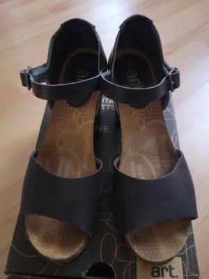 Sandaletten von art