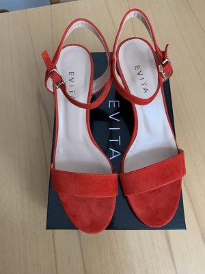 Sandaletten von Evita