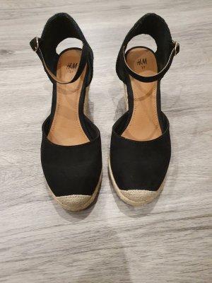 H&M Zapatos de cuña negro