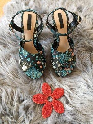 Sandaletten von Miss Selfridge