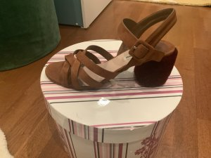 Miu Miu Strapped High-Heeled Sandals cognac-coloured-bordeaux leather