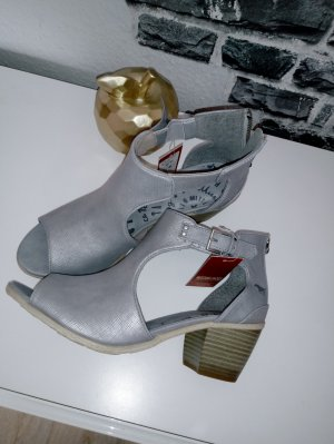 Mustang T-Strap Sandals silver-colored imitation leather