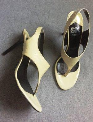 Sandaletten, Zehentrenner, beige mit schwarzem Absatz, echtes Lackleder, Highheels, Gr. 38
