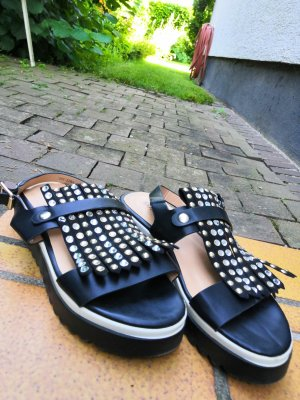 Sandalien 36