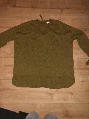 Sandbrauner Pullover mit hinten Reißverschlüss