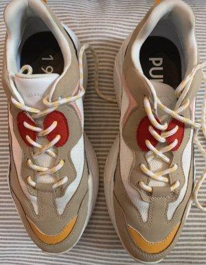 Sandfarbene chunky Sneaker