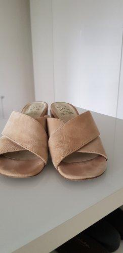 KMB Sandalias con tacón beige claro