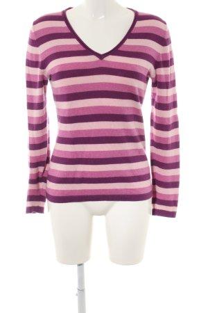 Sandra Pabst V-Ausschnitt-Pullover Streifenmuster Casual-Look
