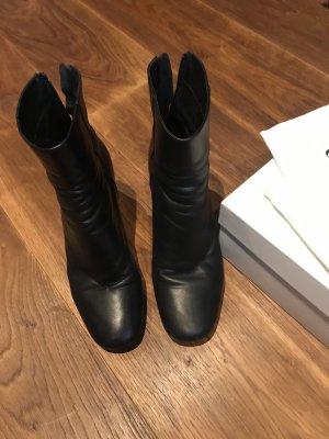 Sandro Boots schwarz Gr. 39