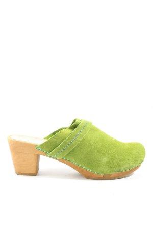 Sanita Klompen groen casual uitstraling