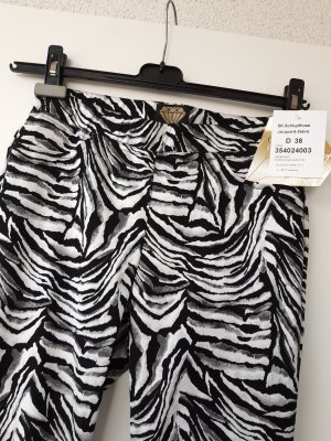 Sarah-Kern-Sommerhose Zebra-Jacquard