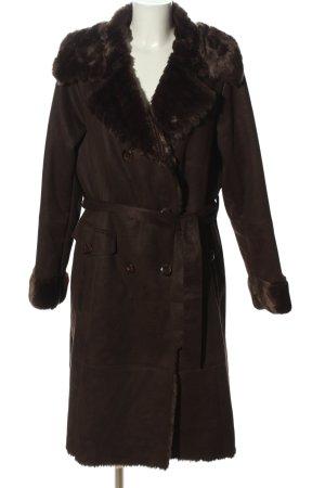 Sarah Kern Winter Coat brown casual look