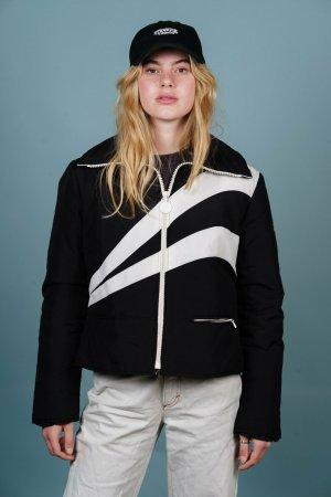 Sarussell Schwarze Outdoorjacke mit weißen Streifen M