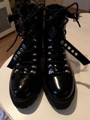 SassyClassy Halfhoge laarzen zwart