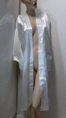 Bata blanco puro