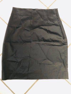 Satin Rock schwarz Yazoo Gr. 36
