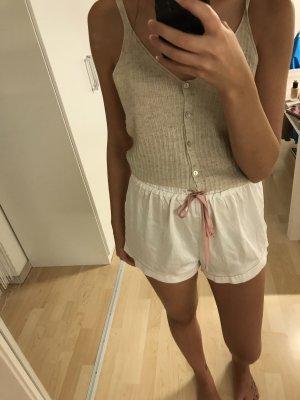 Satin Shorts von Showpo