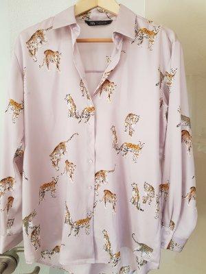 Satinbluse von Zara mit Leopardenmuster