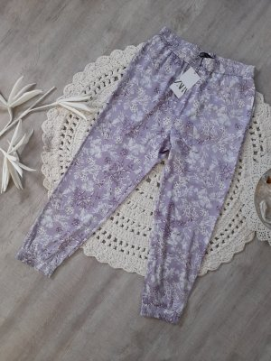 Satinierte Hose mit Bündchen Zara Gr. L flieder Blumen Pluderhose