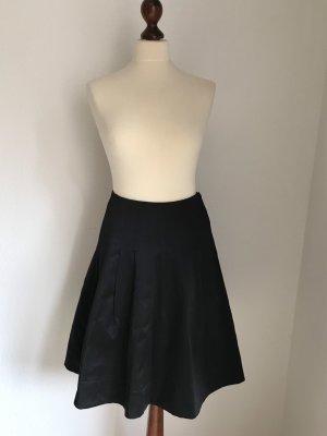 Falda de tul negro Satén