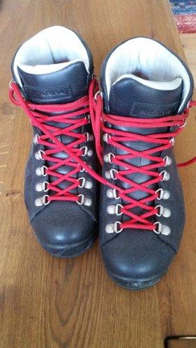 Scarpa Halfhoge laarzen zwart-rood