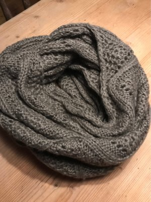 s.Oliver Snood taupe