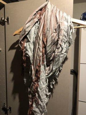 Sciarpa lavorata a maglia grigio-rosso mattone