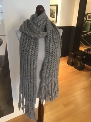 Gerry Weber Fringed Scarf grey wool