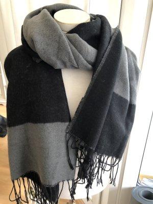 Woolen Scarf black-grey wool