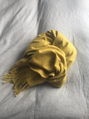 Sciarpa con frange giallo scuro