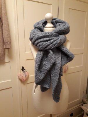 New Yorker Écharpe en laine bleu pâle
