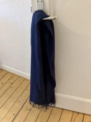 Schal dunkelblau Fransen