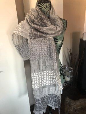 Bufanda de ganchillo gris claro-gris